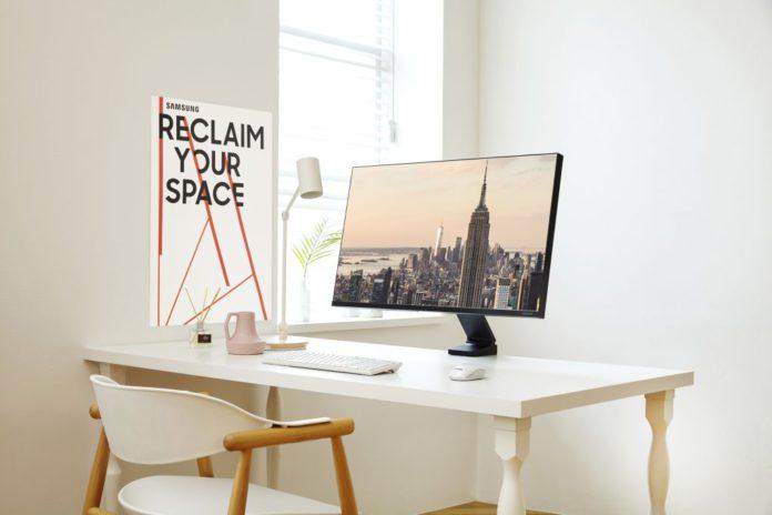 Málo miesta na stole? Samsung ponúka nový monitor Space pre moderné pracoviská s darčekom v podobe štýlovej myši